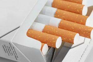 الامارات تعلن رفع أسعار التبغ ومشروبات الطاقة بنسبة 100% في هذا الموعد