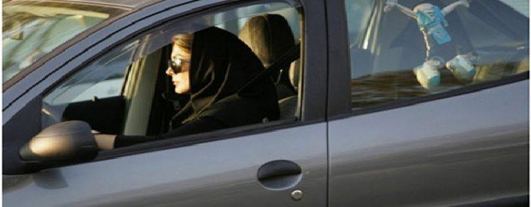 في السعودية .. أمر ملكي بمنح النساء رخص قيادة السيارات