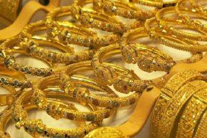 أسعار الذهب في السعودية اليوم .. عدم استقرار نسبي تأثرًا بسعر المعدن الأصفر العالمي